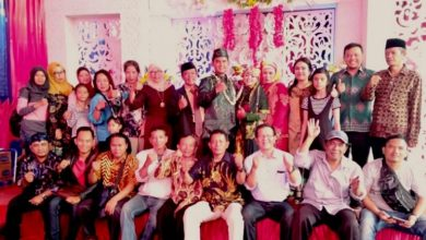 Photo of Keluarga Besar tribundepok.com Mengucapkan SelamatMenempuh Bahtera Rumah Tangga Untuk Dini Rahmayani dan Syaiful Rohman.