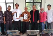 Photo of Mulyana dan Herman Felani Mendaftar Calon Ketua LPM Sukatani