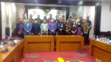Photo of Komisi II DPR-RI Tinjau Kesiapan Pilkada Depok