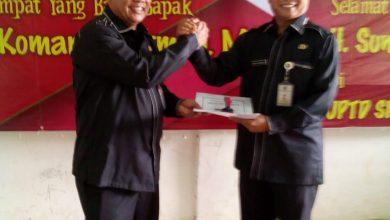 Photo of Lepas Sambut Kepala Sekolah SMPN 20 Diwarnai Tangis Haru