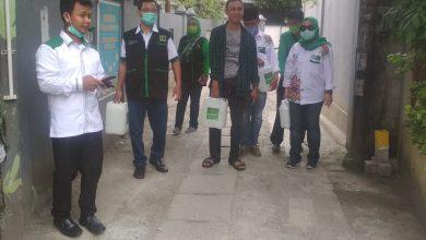 Photo of Qonita dan Kader PPP Depok Peduli Pencegahan Wabah COVID-19
