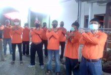 Photo of 250 Warga Jatijajar Peroleh Bantuan Sembako